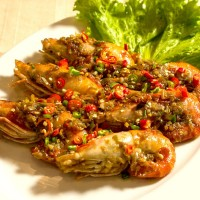 กุ้งแม่น้ำคั่วพริกเกลือขนาด 10-12 ตัวโล Roasted Shrimp With Salt and Chili 10-12pcs/Kg