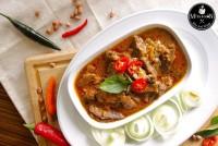 มัสมั่นน่องลาย ไทย-โคขุน ( Jarret with Mussaman Curry )