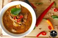 มัสมั่นซี่โครงอ่อน (Small Ribs w Mussaman Curry)
