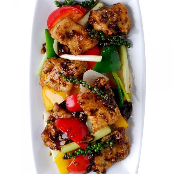 เนื้อปลากระพงผัดพริกไทยดำ|09-เนื้อปลากระพงผัดพริกไทยดำ.jpg