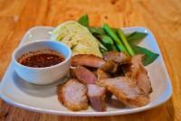คอหมูย่างจิ้มแจ่ว Grilled pork neck with Thai Spicy Sauce