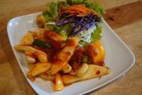 ปลาหมึกผัดพริก3รส stir-fried spicy with roasted chill paste