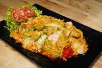 ปลาหมึกผัดผงกะหรี่ Stir Fried Squid with Curry