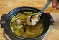 ต้มแซ่บเอ็นวัวแก้ว Spicy beef tendon soup